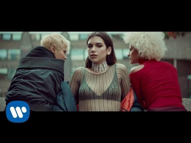 画像: Dua Lipa - Blow Your Mind (Mwah) (Official Video) www.youtube.com