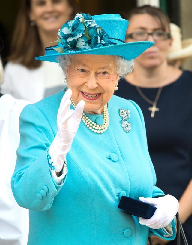 画像: 女王の好みにより禁止のものも