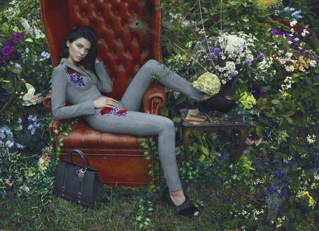 画像4: ランジェリーのラペルラ、秋冬広告のケンダル・ジェナーが美しすぎる