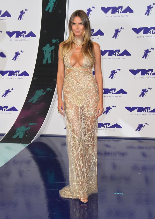 画像7: MTV VMA 2017の華やかなレッドカーペット・ファッションをどこよりも早くお届け!