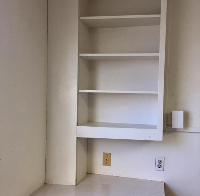画像3: 全部DIY!寮の部屋を見事にリフォームした部屋が可愛すぎる