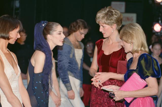 画像: 1991年 31歳 バレエ鑑賞後にダンサーと