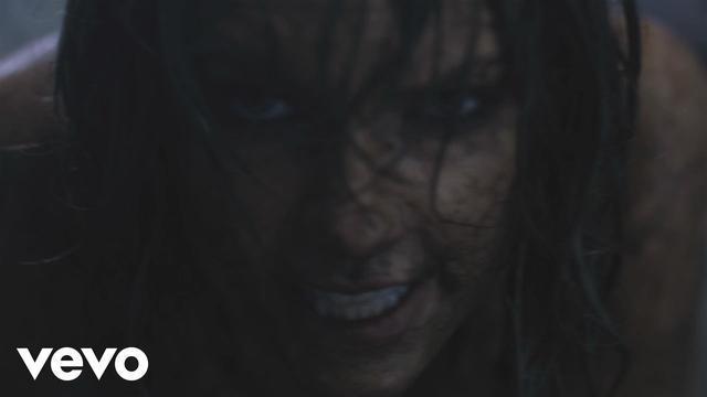 画像: Taylor Swift - Out Of The Woods www.youtube.com