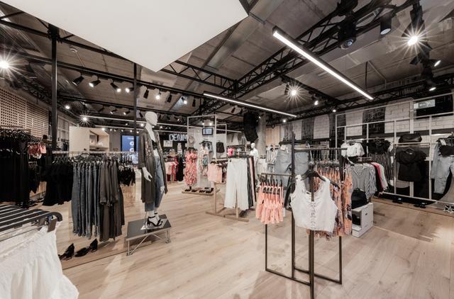 画像: ZARA姉妹ブランドBershka渋谷店リニューアルオープン!オンラインストアも開設