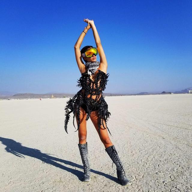 画像9: ヴィクシーモデルたちがフェスファッションで本領発揮