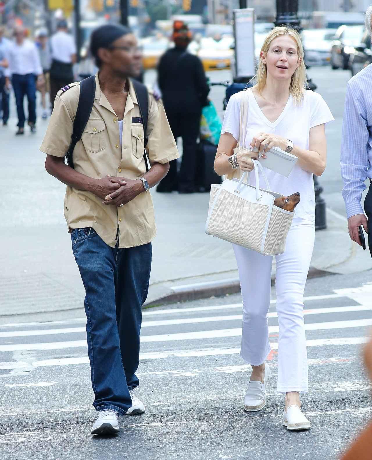 画像3: 『ゴシップガール』女優ケリー・ラザフォード、道でホームレス男性に声かけられ・・・