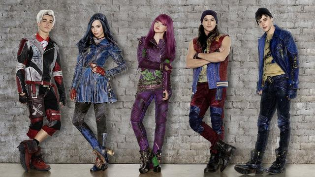 画像: 「ディセンダント2」10月、ディズニー・チャンネルで日本初放送! www.youtube.com