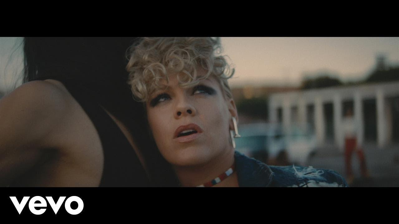 画像: P!nk - What About Us (Official Video) www.youtube.com