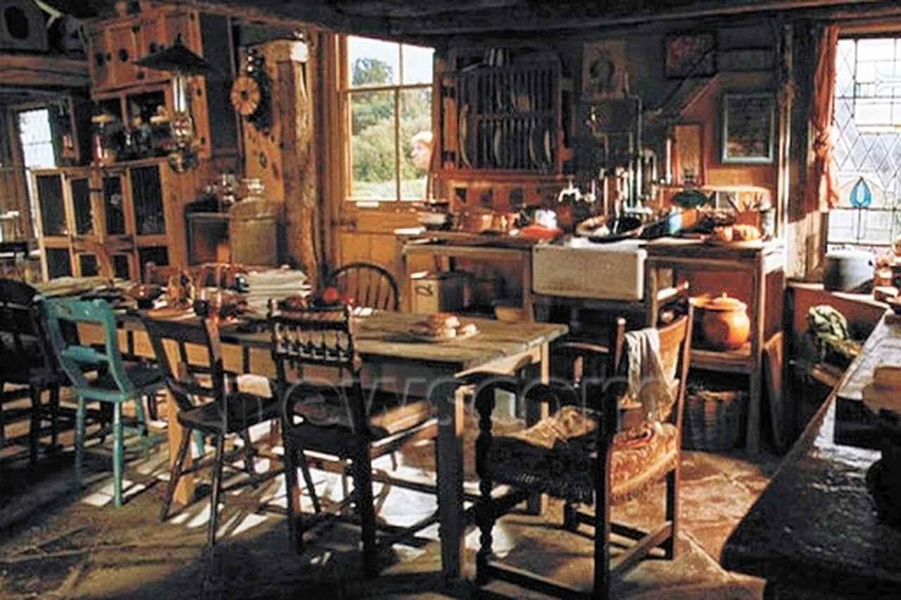 画像: ウィーズリー家の内部