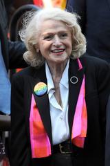 画像1: 同性愛者たちの「ヒーロー」、エディス・ウィンザーが88歳で死去