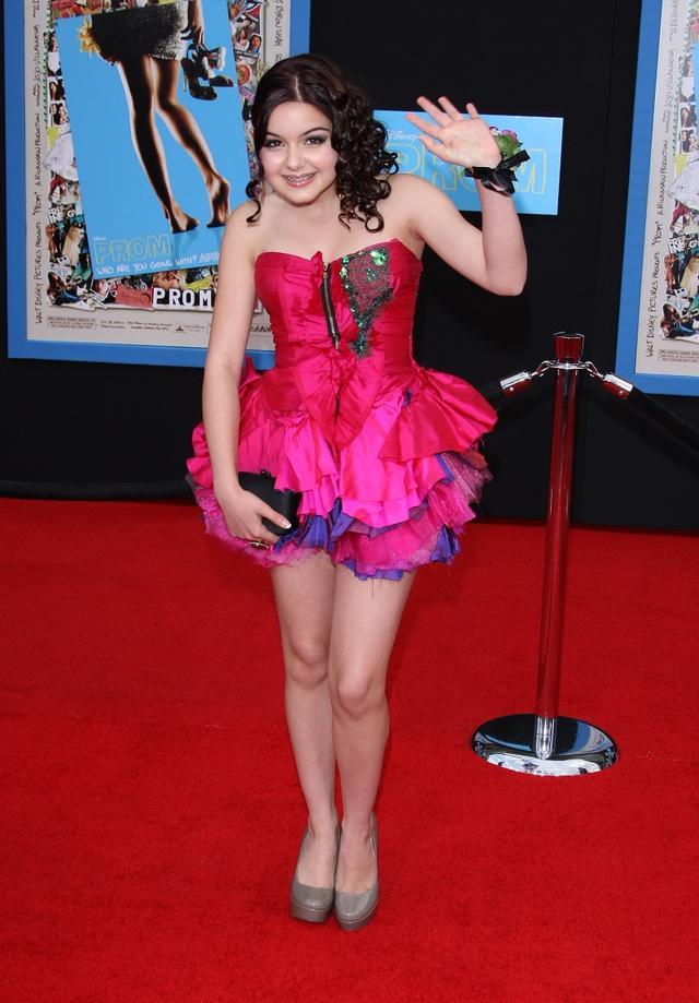 画像: 映画『プロム』のプレミアに登場した13歳の頃のアリエル。
