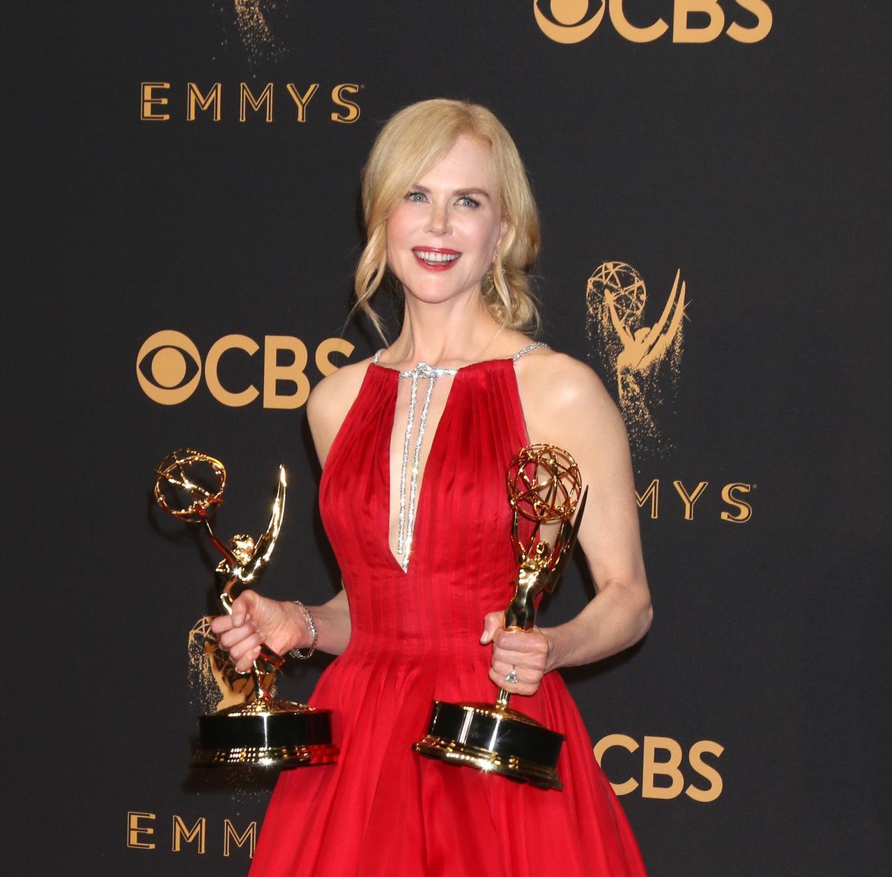 画像2: エミー賞、ドラマ部門の助演男優賞を獲得