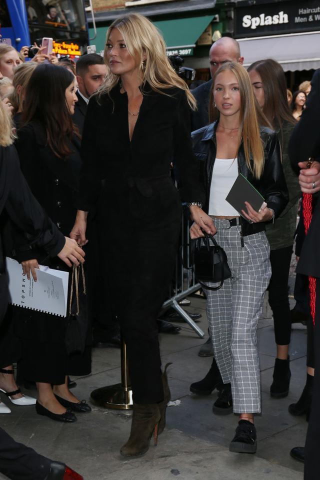 画像2: ロンドン・ファッション・ウィークに同伴