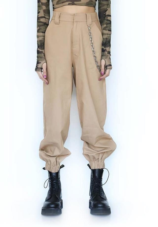 画像6: エミリー・ラタコウスキー、ノーブラの肌見せファッションでお出かけ