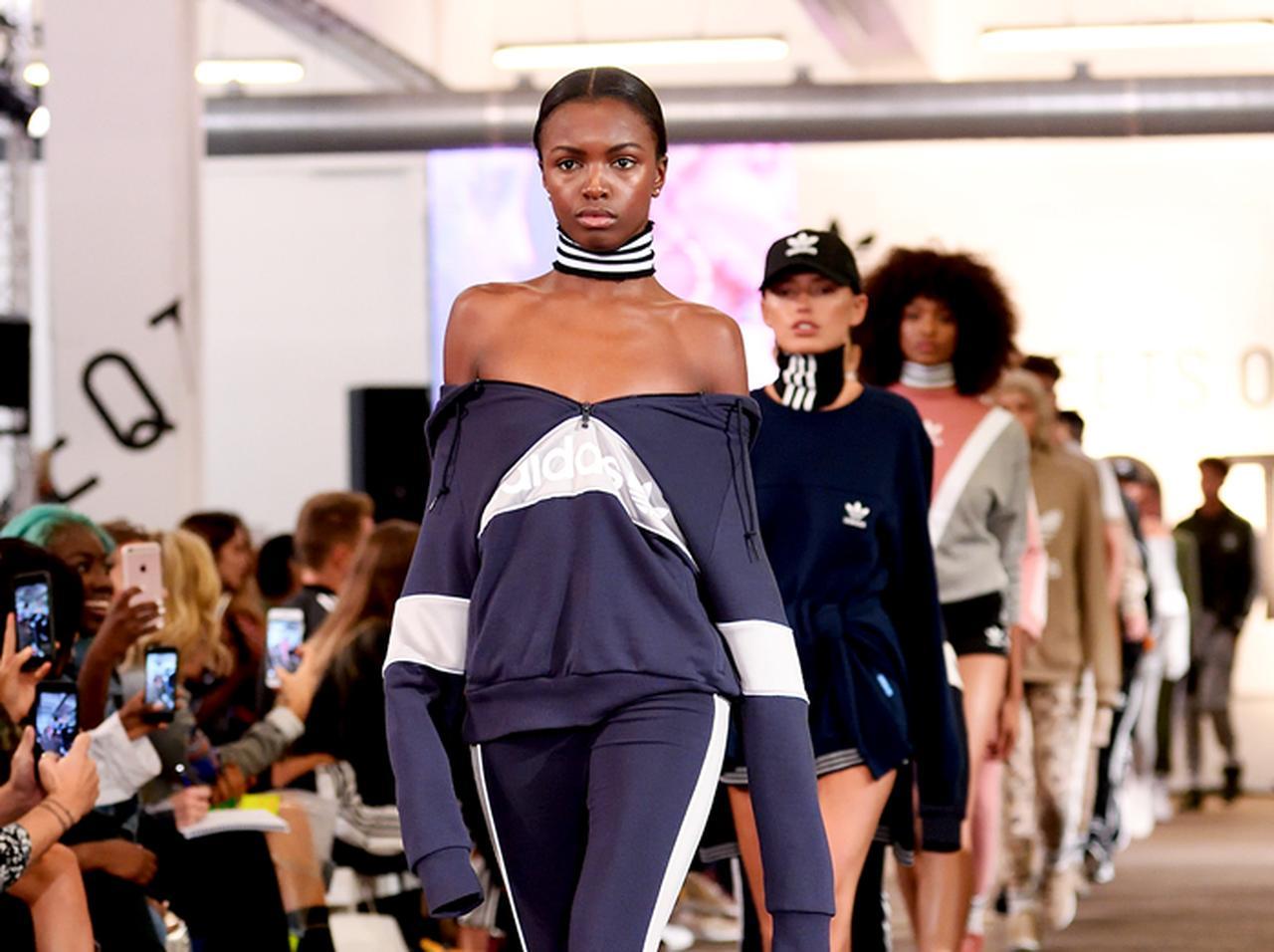 ファッション業界は人種差別的? 人気モデルが人種による扱いの違いを暴露