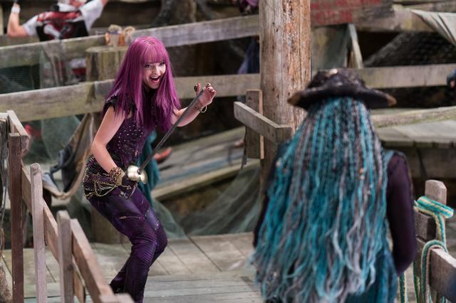 画像: 『ディセンダント2』ではダンスやアクションシーンもたっぷり見せている。©Disney