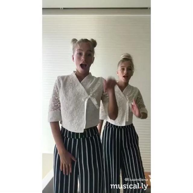画像1: Instagram投稿の投稿者: Lisa and Lena | Germany®さん 日時: 2017  8月 29 10:40午前 UTC www.instagram.com