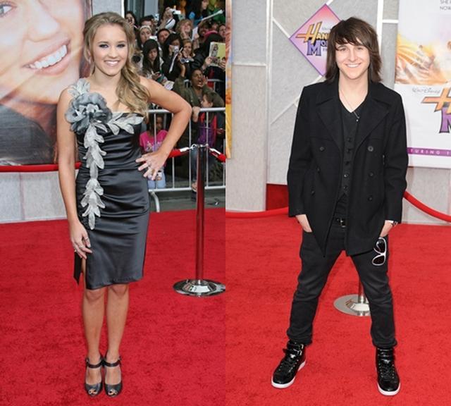 画像: (左)エミリーと(右)ミッチェル