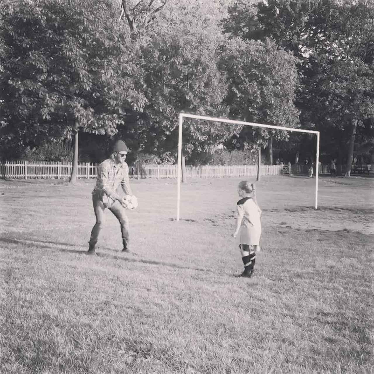 画像1: Instagram post by David Beckham • Sep 28, 2017 at 9:58pm UTC www.instagram.com