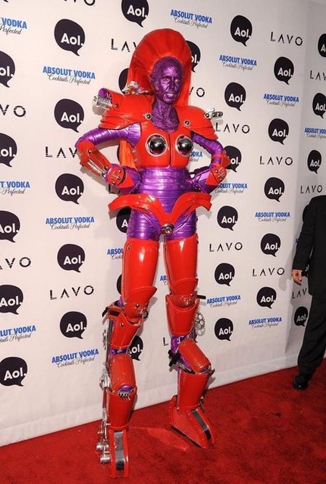 画像: 2010年:ロボット