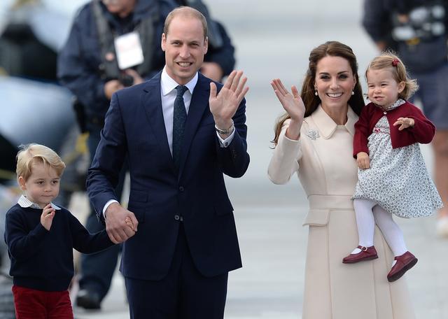 画像: ウィリアム王子&キャサリン妃が子供たちは使用禁止と決めているあるモノって?