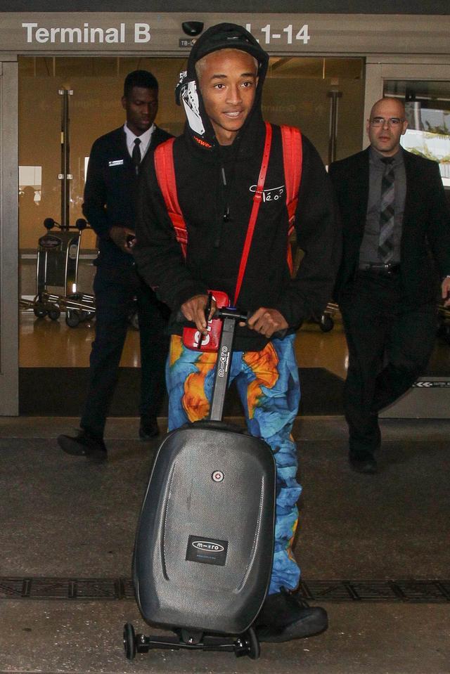 画像1: キックボード付スーツケース