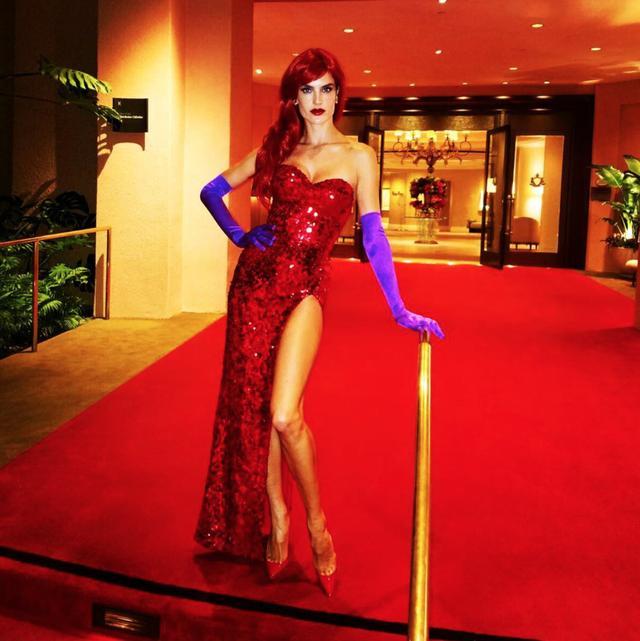 画像: ヴィクシー・モデルのアレッサンドラ・アンブロジオ
