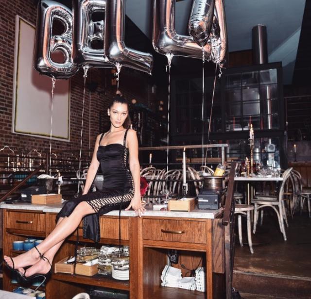 画像6: 祝21歳!ベラ・ハディッドのキュートなバースデールックに注目