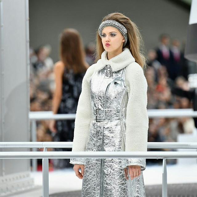画像: Chanelのコレクションにて。