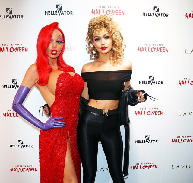 画像: 2015年にハイディのハロウィンパーティに参加した、モデルのジジ・ハディッドとハイディ。