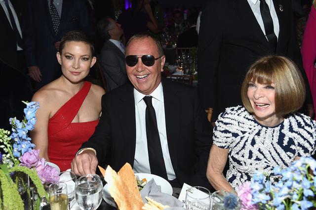 画像: ファッション界の女王ともいわれるアナ・ウィンター(右)もパーティに出席。