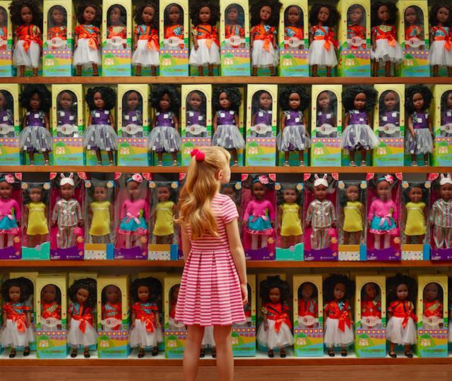 画像2: もし「人種」が入れ替わったら?ある3枚の写真が伝える力強いメッセージ