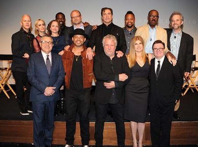 画像: 『アメリカン・クライム・ストーリー』シーズン1のキャストやスタッフたち。