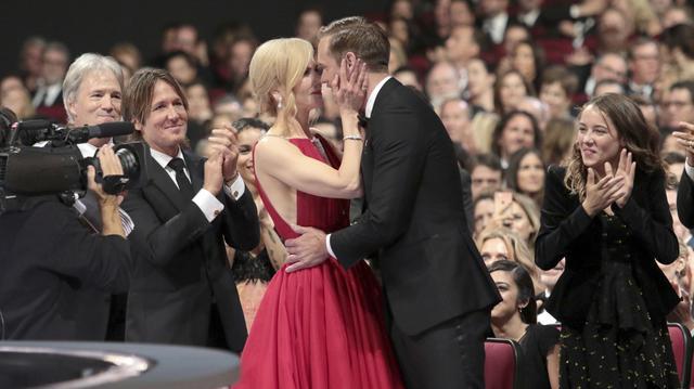 画像2: キスした理由を説明
