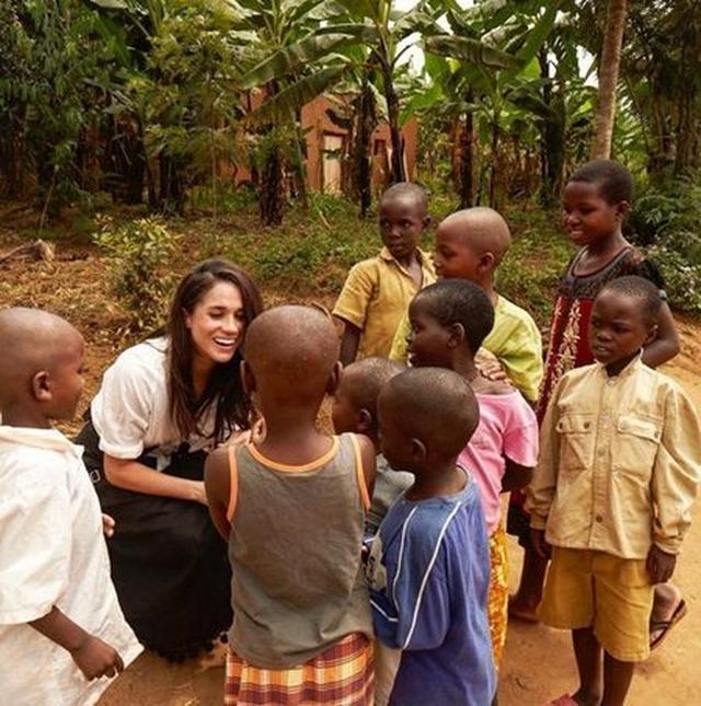 画像: ウガンダを訪問。