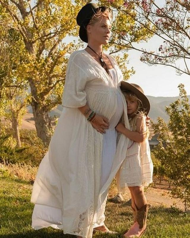 画像: 「サプラーイズ!」シンガーのピンクが第2子の妊娠をSNSで発表