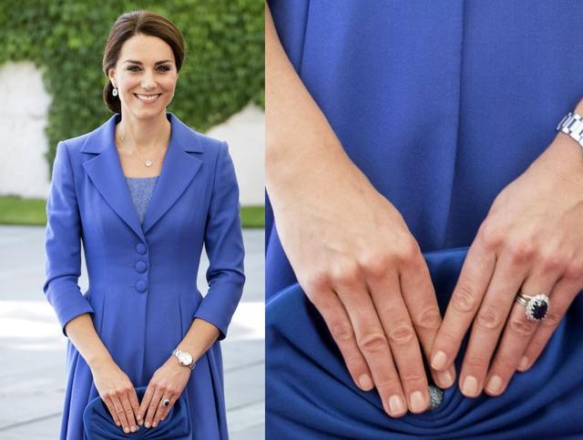 画像: 鮮やかなロイヤルブルーのコーディネートの指先はシアーピンク。