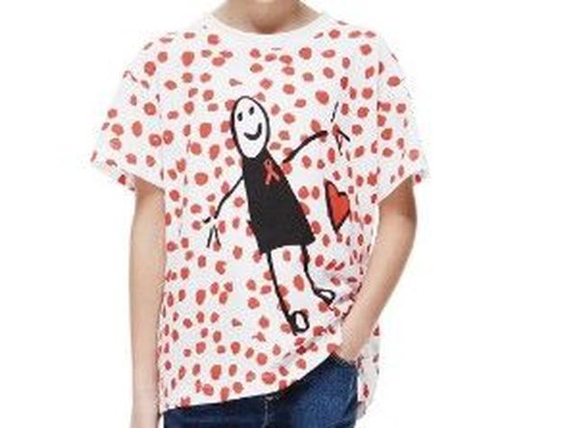 画像2: ヴィクトリア・ベッカム娘ハーパーちゃんがエイズ撲滅チャリティTシャツをデザイン
