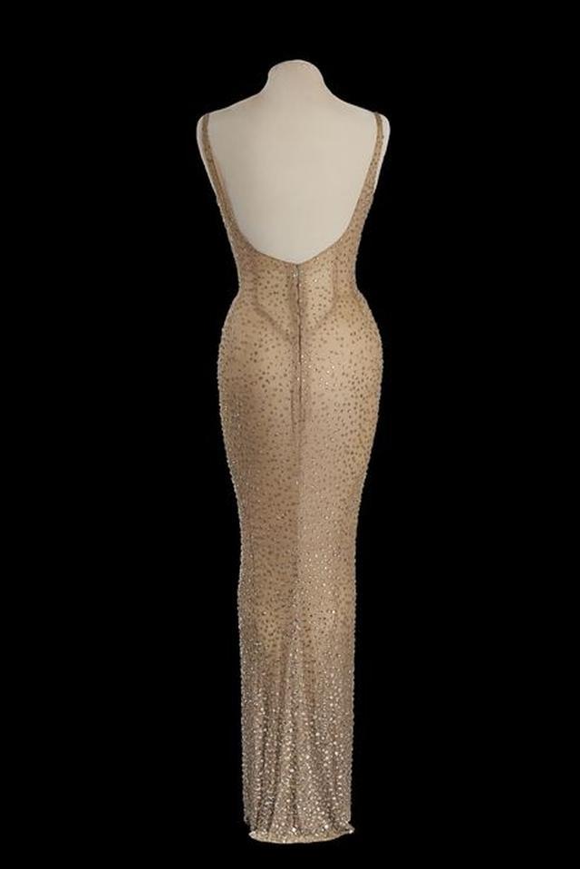画像3: マリリン・モンロー、最後に公の場で着たドレスの落札予想額は2~3億円