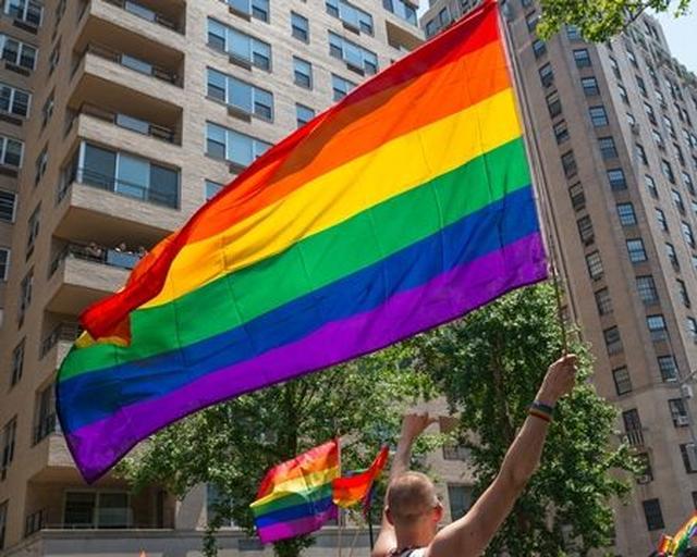 画像3: 出会い系アプリ「ティンダー」がトランスジェンダー等LGBT+の選択肢を増やす