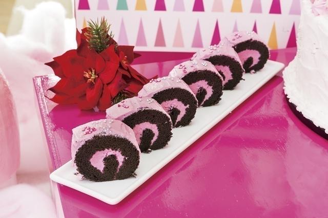 画像: デザート25種類+軽食10種類が食べ放題
