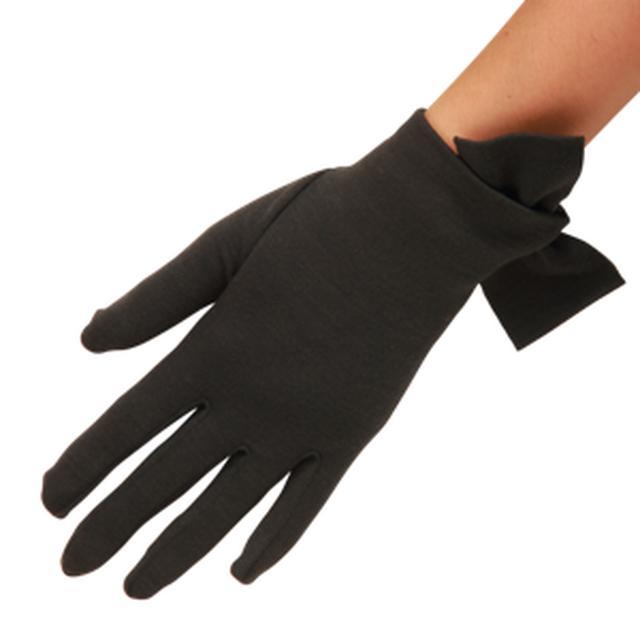 画像: キャサリン妃がお気に入りの種類である手袋。