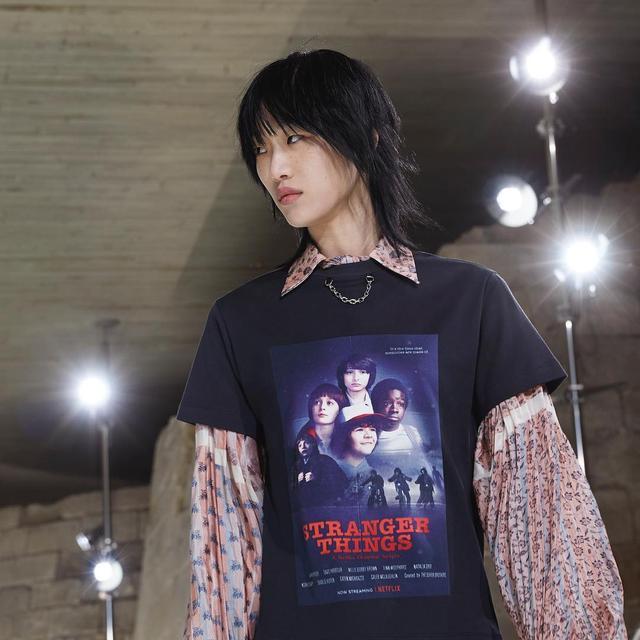 画像: Louis Vuittonが発表したTシャツ。