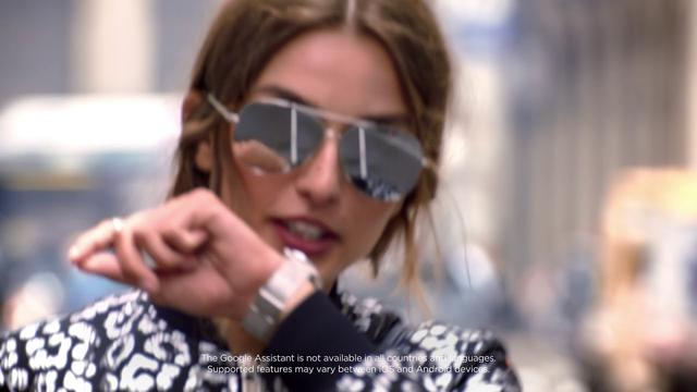 画像: The Next Generation of Smartwatches | Michael Kors Access | :60 youtu.be