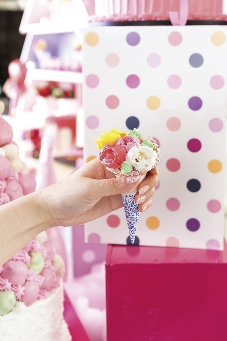 画像: ピンクまみれで恋愛運アップを狙う!デザートブッフェ「ピンク・クリスマス」ヒルトン東京ベイで