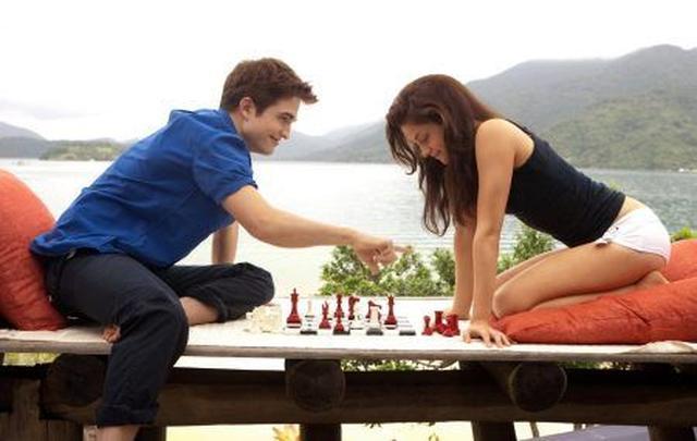 画像2: ベラ&エドワードのチェスセット 約149万6,000円
