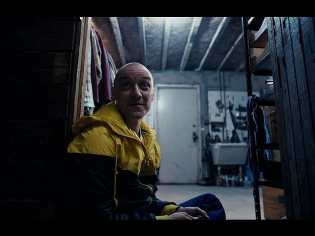 画像: 映画『スプリット』本予告 www.youtube.com