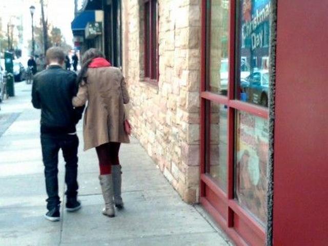 画像: 店内でもイチャついていたという証言が。