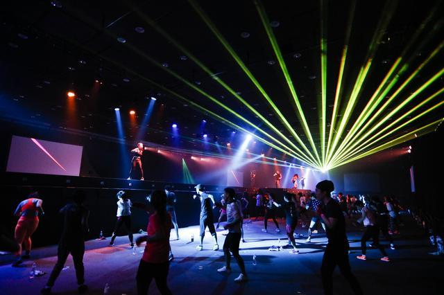 画像2: 史上初の暗闇ボクシングフェス「BIG-MONSTER」に渋谷が熱狂!