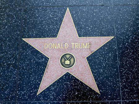 画像: 「ハリウッドの殿堂」トランプ氏の星形を壊した男が逮捕 その驚きの動機とは?